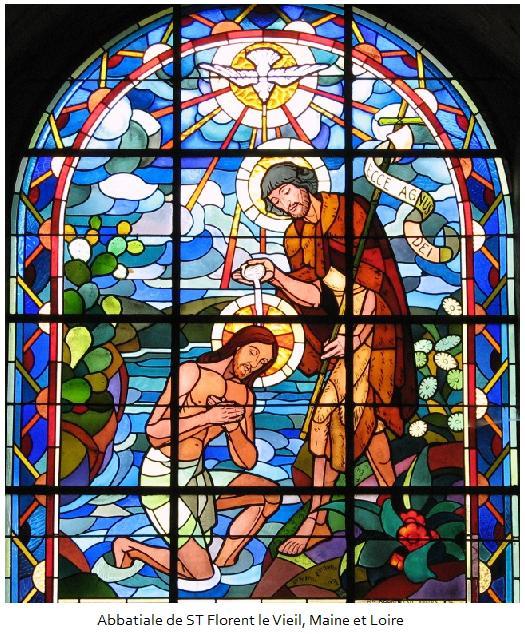 Comme tout le peuple se faisait baptiser et que Jésus priait, après avoir été baptisé lui aussi, alors le ciel s'ouvrit. L'Esprit Saint descendit sur Jésus, sous une apparence corporelle, comme une colombe. Du ciel une voix se fit entendre :